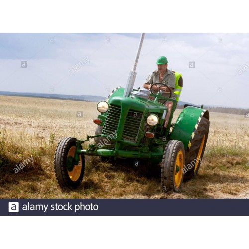 Vezess Super Zetor Traktort Budapesten